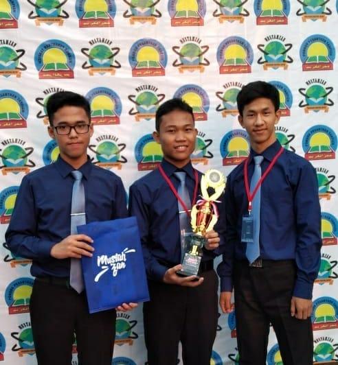 Terbaik! SMAIT Insan Cita Serang Juara II Lomba KIR di Mustahzan Fajrul Karim